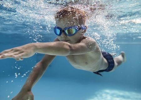 کلاس های رایگان آموزش شنا