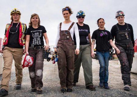 کمک دولت کانادا به زنان ساکن نیو فاند لند و لابرادور در حرفه ساخت و ساز