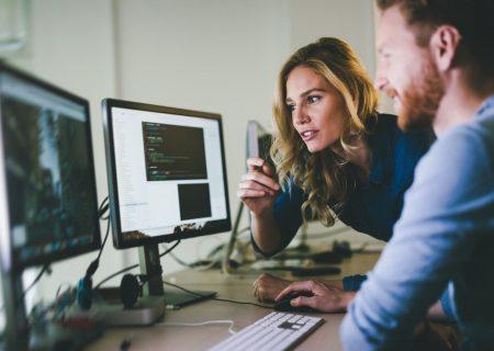 مزایای کار در شرکت های کوچک فناوری در کانادا