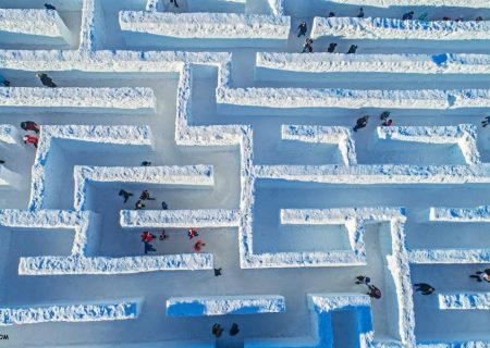 بزرگترین هزارتوی برفی جهان در کانادا