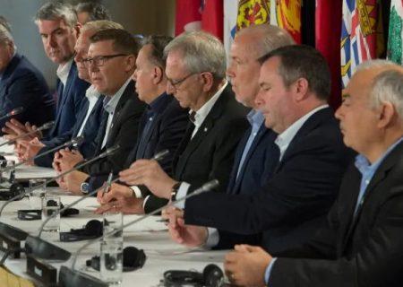 دیدار نخست وزیران کانادا در تورنتو در دوم دسامبر