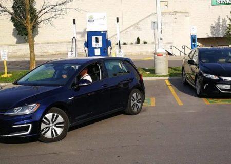 کاهش فروش خودروهای برقی در انتاریو