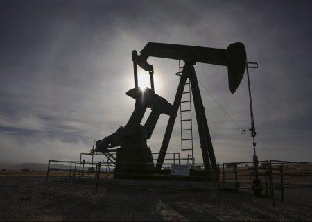 بازبینی قوانین مربوط به تولید نفت در آلبرتا