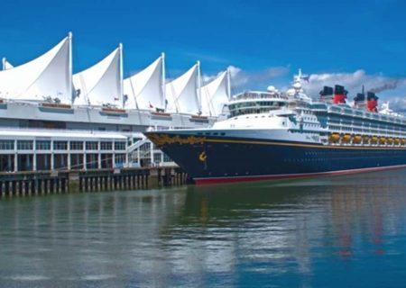 ممنوعیت تردد کشتی های کروز از آب های کانادا