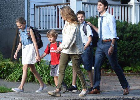 ترودو نمی داند که فرزندان خود راهی مدرسه می کند یا نه!