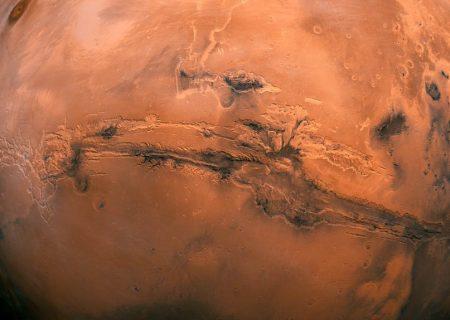 به چند نفر برای شروع زندگی گروهی در مریخ نیاز است؟