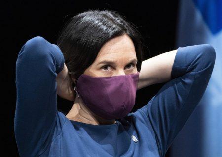 زدن ماسک در اماکن سربسته مونترال اجباری میشود