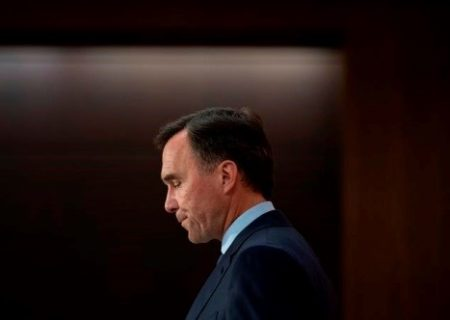 «بیل مورنو» وزیر دارایی کانادا استعفا کرد
