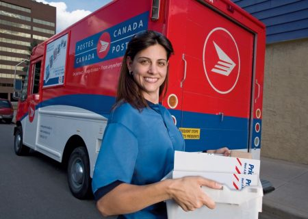اداره پست کانادا، نيرو استخدام میکند