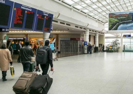 کمک ۱۰۰۰ دلاری دولت کانادا به مسافران