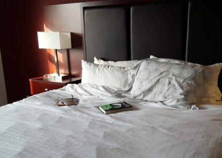 خلاصی از قرنطینه اجباری در هتل