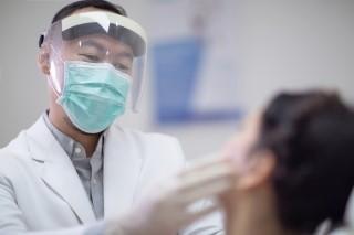 عفونت لثه با شدت بیماری کرونا ارتباط دارد