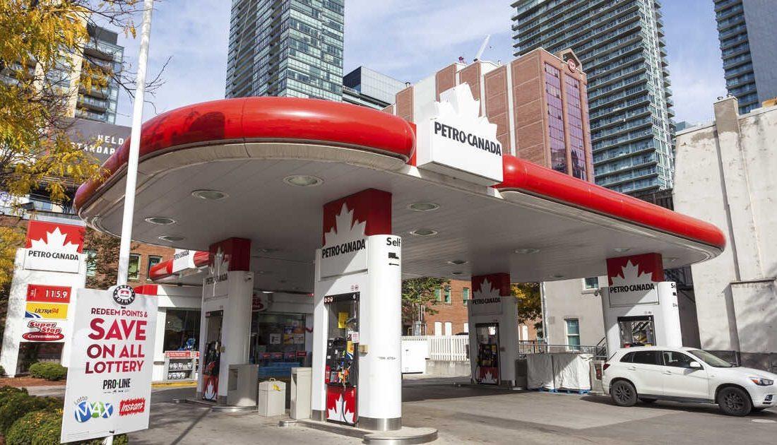 کاهش قیمت بنزین در انتاریو