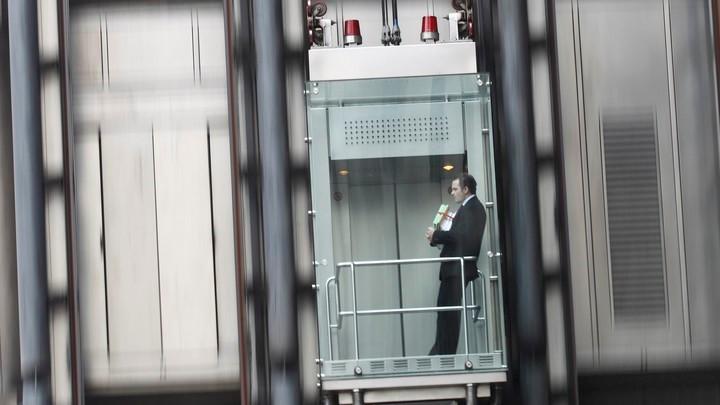 اقدامات لازم هنگام قطع برق در آسانسور