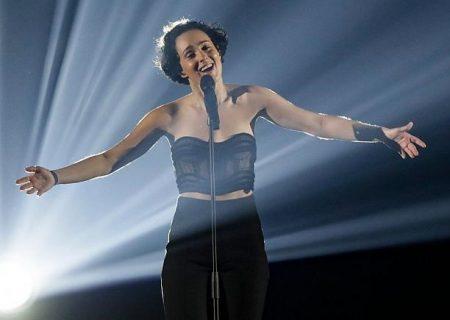 یک فرانسوی ایرانیتبار برنده رتبه دوم مسابقات یورو ویژن