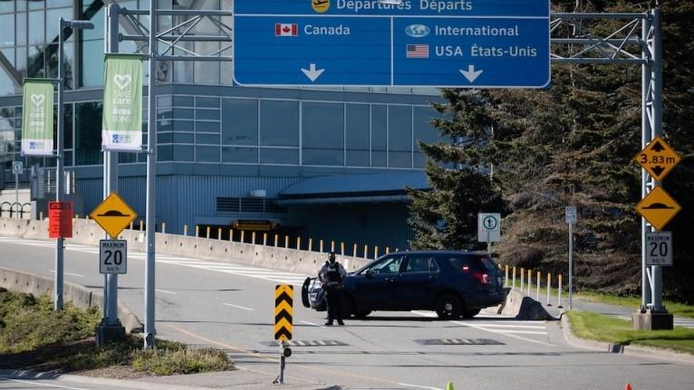 تیراندازی در فرودگاه بین المللی ونکوور
