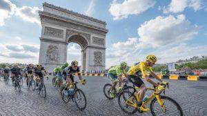 دوچرخه سواران در پاریس
