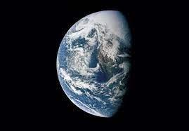 زمین ۱۲ درجه جابجا شده است