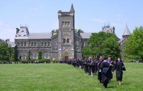 الزام تزریق واکسن کرونا در برخی از دانشگاههای کانادا