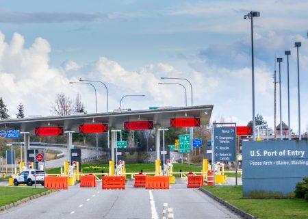 مرزهای آمریکا تا ۲۱ آگوست بسته میماند