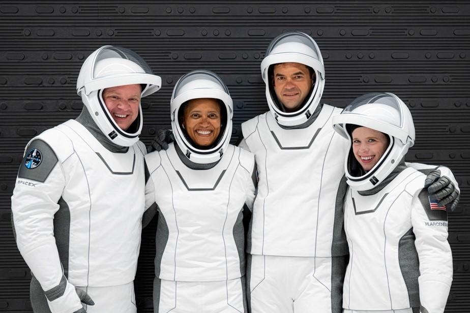اولین ماموریت گردشگری فضایی اسپیس ایکس