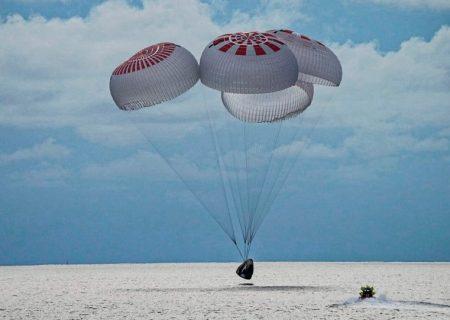 اولین گردشگران فضایی اسپیس ایکس به زمین برگشتند