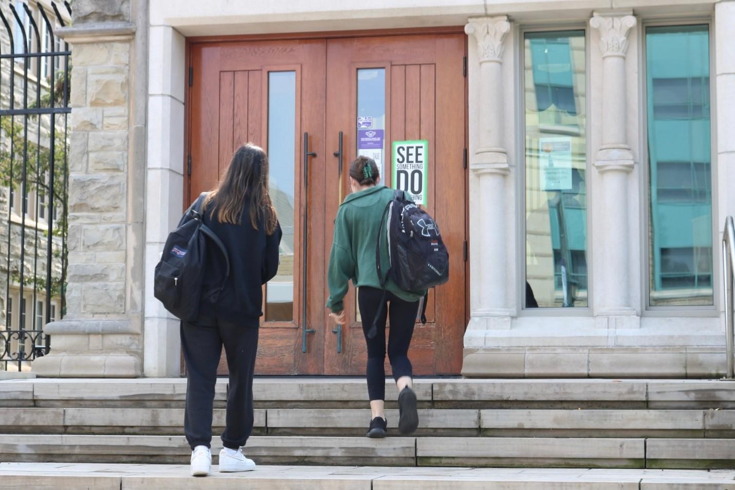 تجمع اعتراضی دانشجویان وسترن علیه آزار جنسی