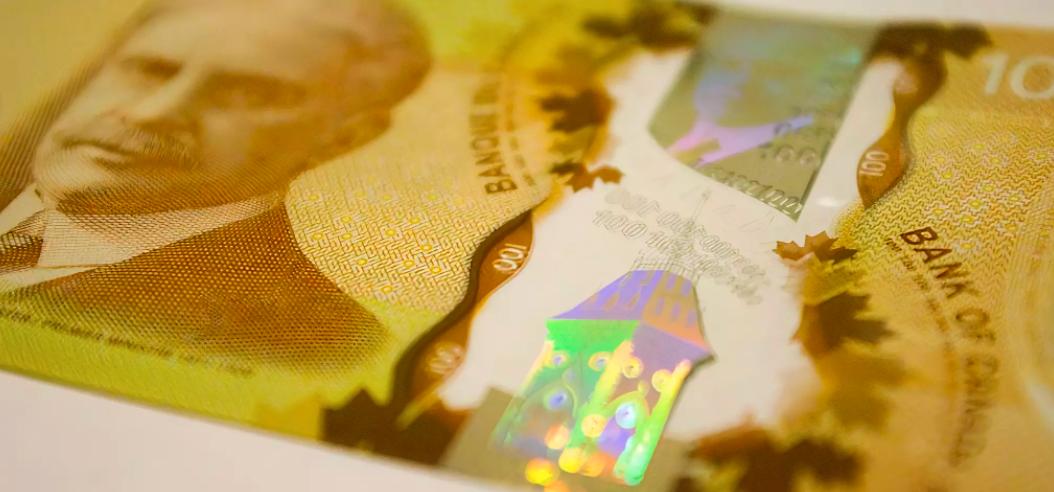 تزریق واکسن در ازای دریافت پول توسط شهروندان تورنتو
