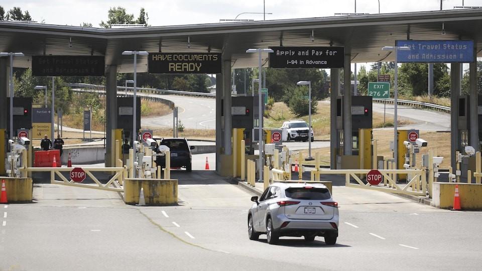 بازگشایی مرز زمینی آمریکا-کانادا از نوامبر