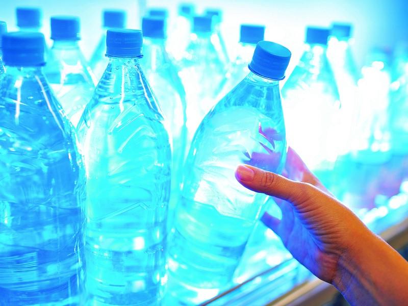 بسیاری از آبهای بستهبندی، آب معدنی نیستند